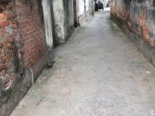 Bán nhà cấp 4 P.Sài Đồng-Long Biên.DT 30m2, 3 mặt thoáng giá chỉ 1 tỷ.