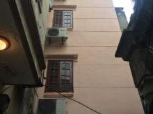 Cần bán nhà ngõ 15 Hồng Hà: 830 triệu, 20mx2 tầng ( không sổ), hướng: TB