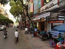 Cho thuê nhà hàng Ngọc Lâm, LB 450m2 sàn, giá thuê 55 triệu/th, lãi ít nhất 400 triệu/th.