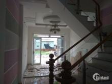 Nhà sắp hoàn thiện, 1 trệt 2 lầu, khu dân cư cao cấp 135m2, 3 pn