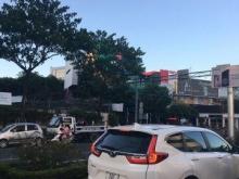cần bán nhà 3 tầng đường Triệu Nữ Vương, Quận Hải Châu, khu phố sầm uất thuận lợi kinh doanh