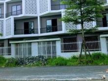 Bán nhà 4 tầng trung tâm Huyện Hoài Đức mặt đường 30m, tiện kinh doanh