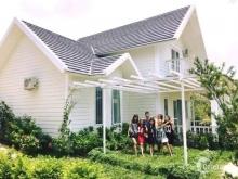 Cần bán Biệt thự Sunset Villas &Resort,1 tầng mái bằng 2PN, giá hạt rẻ chỉ 999 triệu, LH: 0359226986 Ms Huyền