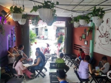 mặt bằng kinh doanh giá rẻ phố Nguyễn Sơn. Long biên