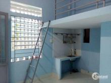 trọ Nguyễn Trung Trực Bến lức Long An 8x20, 8 phòng, thu nhập 1 tháng 12 triệu.
