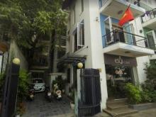 Cho thuê nhà mặt tiền 4M Nguyễn Đình Thi, Quận Ba Đình giá 2500$