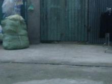 Chú Ba cần bán nhanh lô đất mặt tiền Phạm Hùng 80m2, đối diện trường THPT Lương Văn Can. sổ hồng riêng