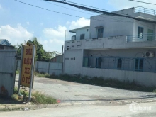Cần tiền bán gấp lô đất 270m2 mặt tiền đường Nguyễn Chí Thanh giá sốc 3,4 tỷ. LH : 076.4881.743