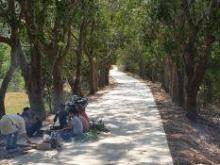 bán đất vườn 500m2, giá 350tr, có sẵn nhà gỗ, ao cá, vườn cây, vườn rau: 0896639466