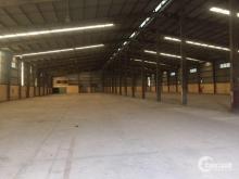 Cho thuê kho xưởng DT 2500m2 làm showroom ô tô km 8 Đại lộ Thăng Long Hà Nội.