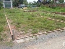Cần bán lô đất ngay trung tâm huyện đức hòa dt 10x23 ngay mặt tiền đường quốc lộ N2