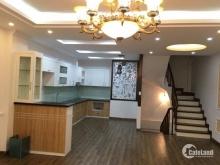 Bán nhà ngõ phố Ngọc Khánh quận Ba Đình, lô góc 3 thoáng, đẹp, 51m2x6t, giá chỉ 5.45 tỷ.