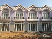 Cần tiền bán gấp căn nhà mặt phố giá 760tr có nhà ở liền