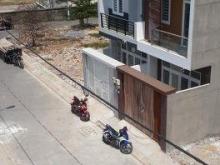 Cần bán rất gấp nhà mới xây tại đường số 8 linh xuân Thủ Đức,LH 0908795128.