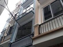 Bán nhà riêng xây mới phố Đại Mỗ, Nam Từ Liêm. 33m2, 2.25 tỷ. Ô tô đỗ cửa