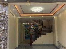 Bán nhà phố Tôn Thất Tùng, Mặt tiền 4m, 4 Tầng, Nhỉnh 3 tỷ,.