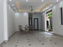 Cho thuê nhà tại Hoàng Hoa Thám giá 10$/m2