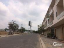 Chính chủ cần bán gấp lô đối diện công viên khu dân cư thương mại phước thái mặt tiền quốc lộ 51 LH 0938877287