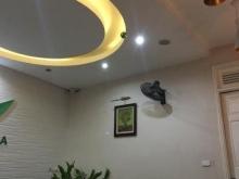 Cần bán căn nhà mặt phố Kim Mã Núi Trúc 137m 38 tỷ kinh doanh cực hot
