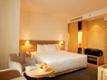 Mặt tiền Quận 1, khách sạn 4 sao, đường Lê Thánh Tôn, 168 tỷ.