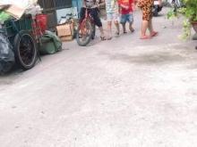 Bán nhà đường Lạc Long Quân – Tân Bình –Xe hơi đậu cữa - Giá chỉ 2,6Tỷ