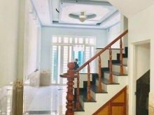 Bán nhà : Thủ Đức, Thiết kế đẹp, không gian sang chảnh, Đẹp lung linh.