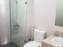 Cần bán gấp căn hộ 3 phòng ngủ tầng cao đẹp tòa N01-T5 KĐT Ngoại Giao Đoàn