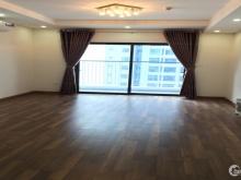 Chủ nhà cần bán căn góc 03 phòng ngủ toà R1 dự án Goldmark City
