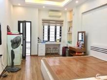 Gấp, bán nhà Đặng Văn Ngữ, gần Hồ, Ô tô đầu ngõ  63Mx4T giá 3.3 tỷ TL