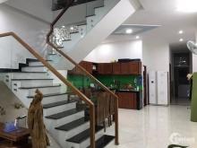 Bán nhà 3 tầng MT đường Lê Thị Hồng Gấm, giá bán: 6,2 tỷ, nhà kiên cố 3PN, 4WC