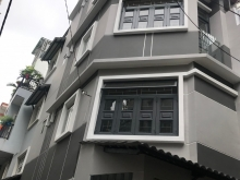 Nhà đẹp 2 mặt tiền đường Nguyễn Tiểu La Quận 10 giá rẽ hơn mong đợi.