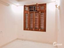 Cho thuê nhà phố Nguyễn Trãi làm văn phòng  , hộ gia đình hoặc nhóm ít người ở chung.. giá 12tr/tháng