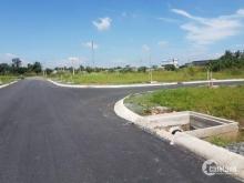 Cần bấn đất gấp ,mặt tiền đường Vườn Thơm,Bình Chánh,giá 13tr/m2,lh : 0901113604