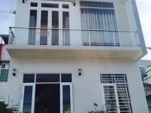 Cần bán gấp căn nhà hẻm xe hơi 90m2 đường Đỗ Văn Dậy, Hóc Môn, 3PN, 2WC, giá 900tr, LH: 0907.639.419