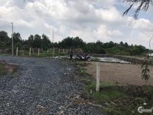 Lô đất mặt tiền sông, đường xe hơi, cách Q2 chỉ 6km