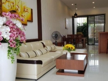 Cần bán nhà 2 tầng mặt tiền đường  7m5 khu đảo  Hòa Xuân.Đường Thanh Lương 9