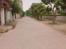 Bán 52m2. Mặt tiền 5,5m, đường trước nhà 6m. Thị trấn trâu Quỳ- Gia Lâm.