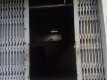 Nhà nát NGON BỔ RẺ ngay TRUNG TÂM QUẬN 10 đây rồi. Chưa tới 89tr/m2.