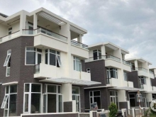 Căn nhà phố 5,4x20m (9,6 tỷ), BT 7,4x18m (10.5 tỷ) rẻ nhất khu vực Q7
