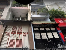 Nhà bán giá sốc 3.25 tỷ, đường Duy Tân, Q Phú Nhuận. 4 lầu, hẻm rộng.