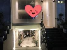 Cho thuê nhà mặt tiền Dịch Vọng Hậu, 120m x2 tầng, 33tr/th