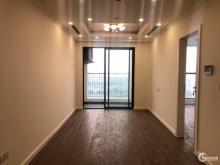 Bán căn hộ 2 ngủ gần cầu Nhật Tân, sông Hồng giá chỉ 2,1 tỷ full nội thất. LH 09