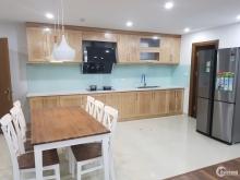 Căn hộ 04 phòng ngủ 160 m2, nguyên bản, giá bán 3.6 tyy bao phí ( 23 tr/m2)