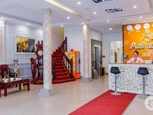 Siêu VIP mp Thái Hà 180m2, mặt tiền 9m, KD khách sạn. Giá 45 tỷ