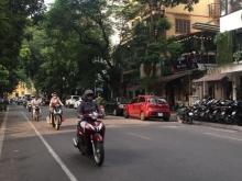 Bán nhà mặt phố Lê Lợi, kinh doanh sầm uất, 47m2, 5 tầng, hơn 13 tỷ