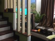 GẤP GẤP GẤP  bán nhanh Hoa Lâm 4 tầng MT 5,2m chỉ 2,5 tỷ Việt Hưng Long Biên.
