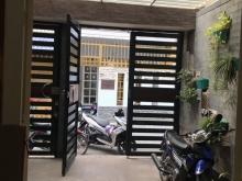 chính chủ bán nhà đường Hồng Hà, Tân Bình,cách sân bay 20m, 4.5x17m, 3 lầu