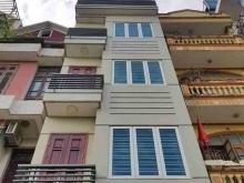 Nhà đẹp Trần Bình, 38, 5tầng, 2.7 tỷ. Xe ba gác đỗ cửa. ngõ thông thoáng.