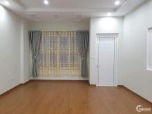 Đê La Thành, nhà đẹp ở ngay, 45m2 x 5T, MT 4m, giá đẹp nhất thị trường