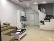 Nhà mới cực đẹp phố La Thành, 38m2, 5 tầng, mt 4.6m, 3.99 tỷ